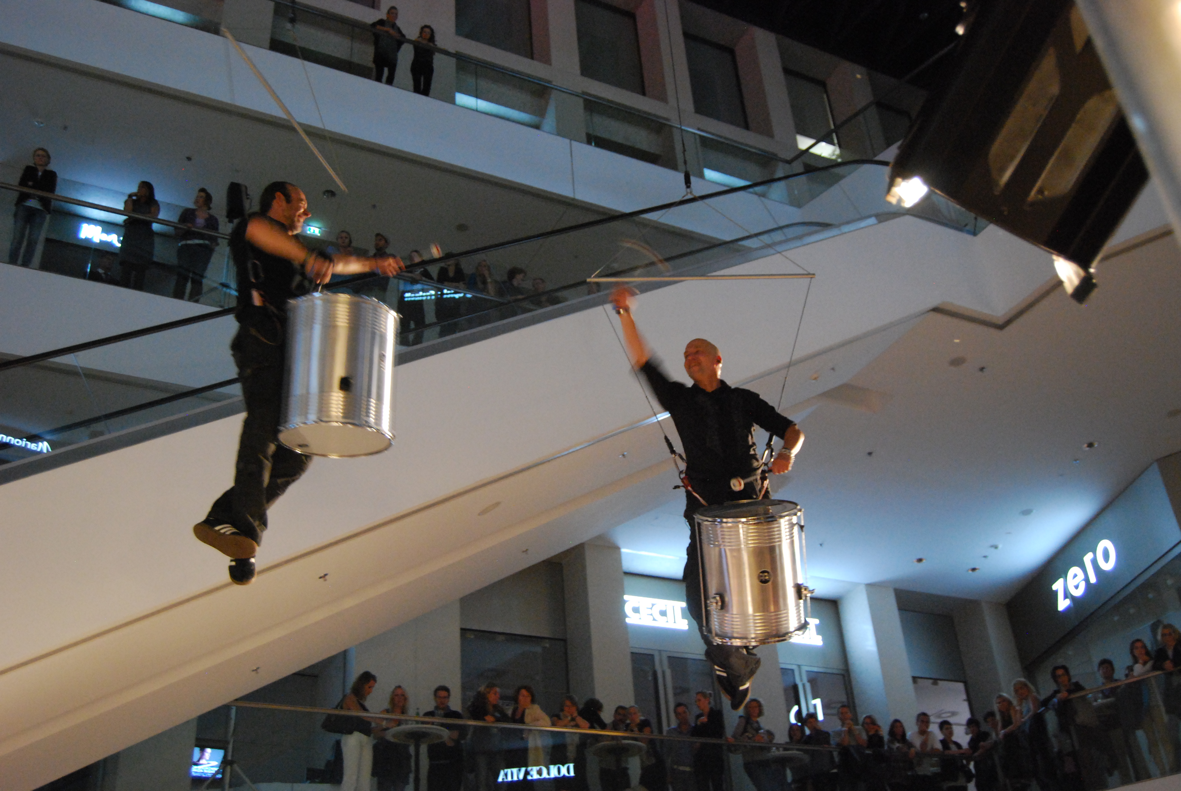 drummers in the air